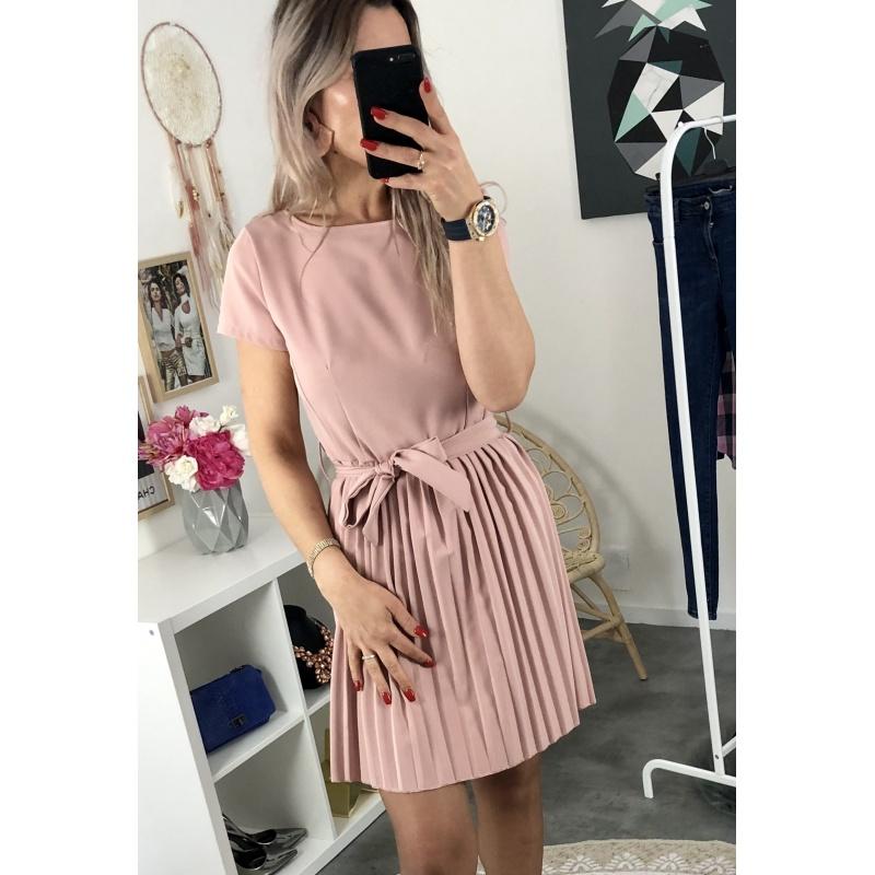 Robe manches courtes rose et plissé