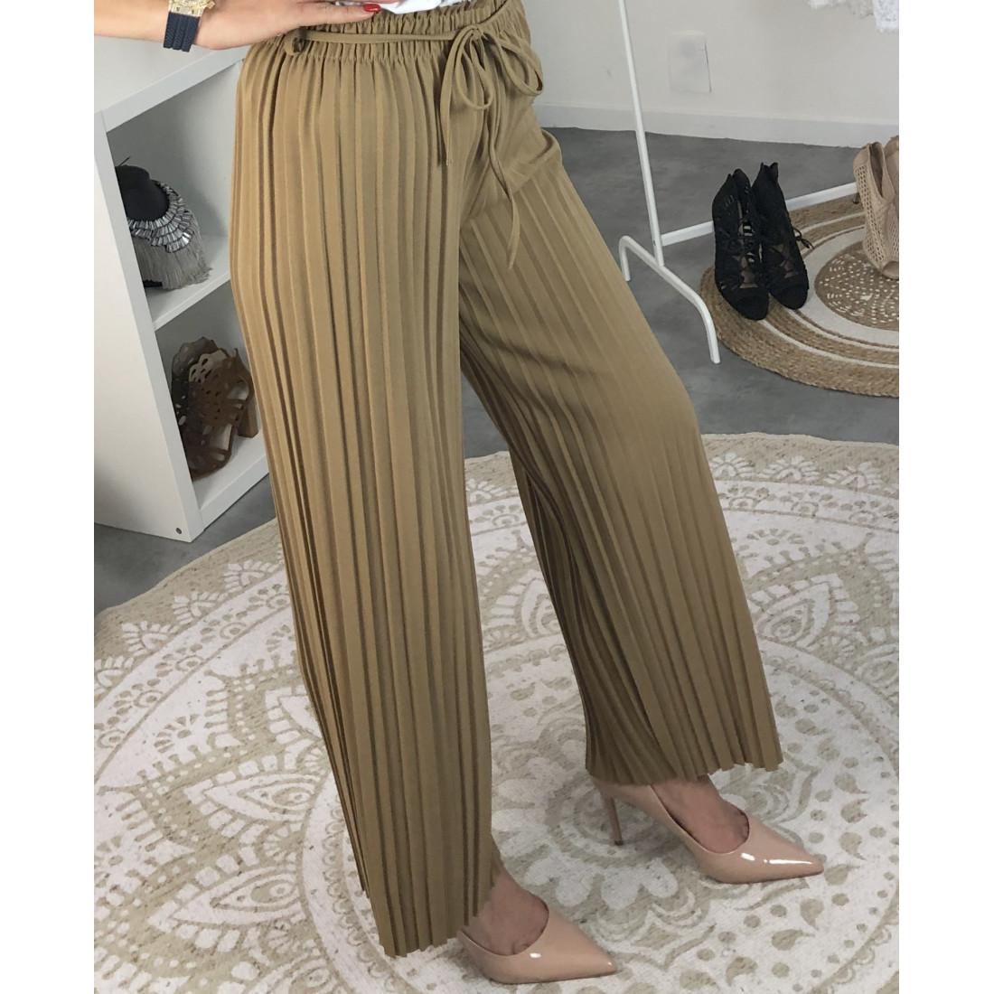 Pantalon fluide et plissé camel