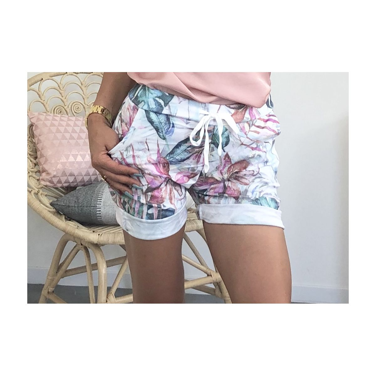 Short relax blanc imprimé jungle rose