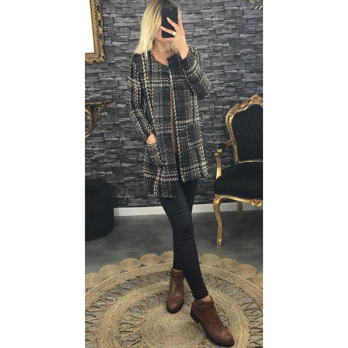Veste en lainage noir carreaux beige