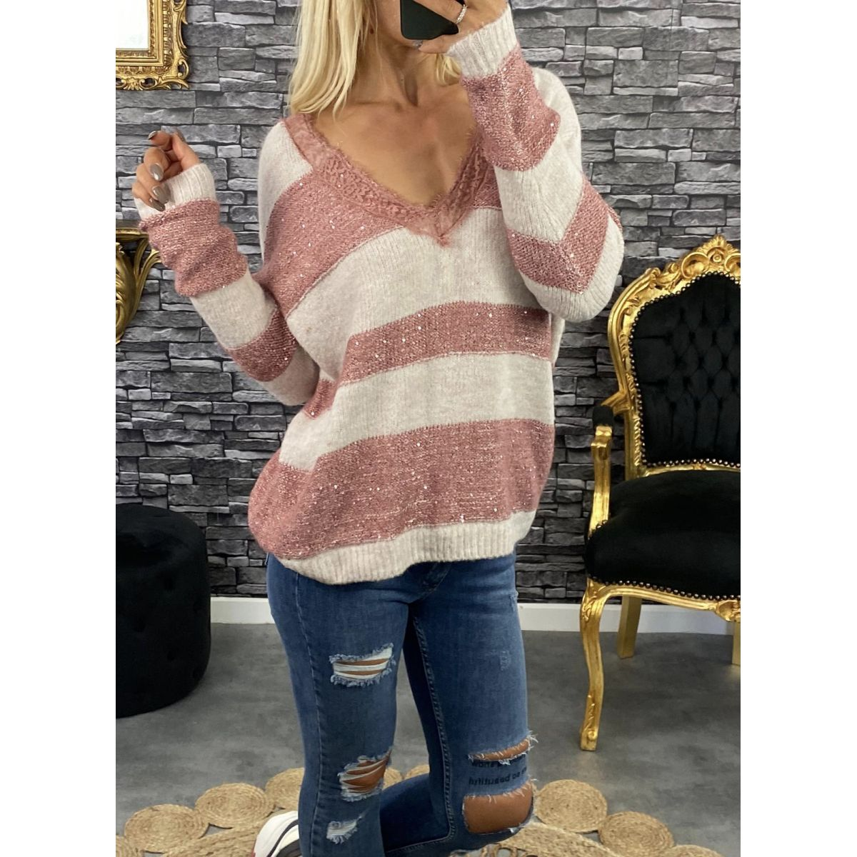 Pull maille douce et lumineuse beige-rose coupe ample