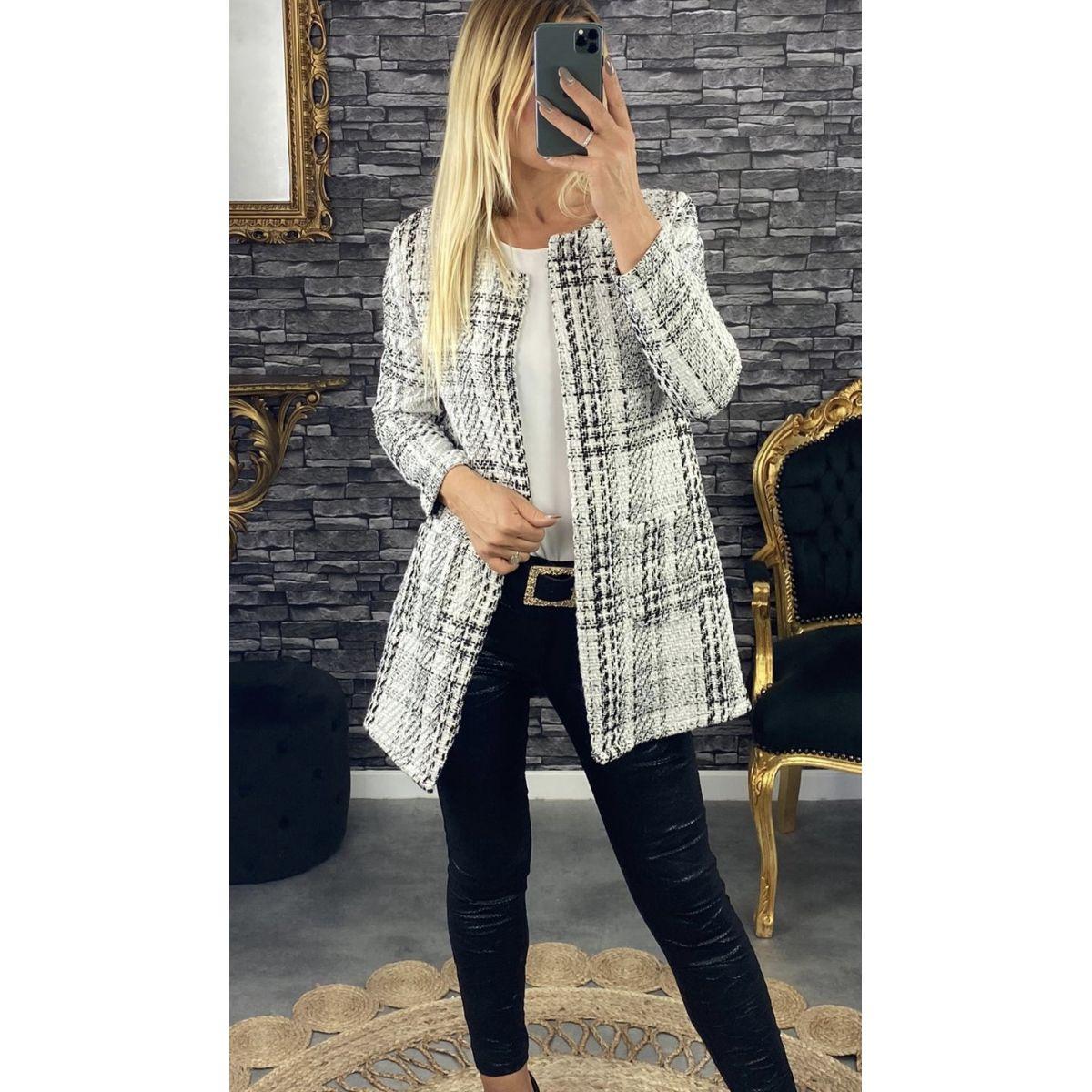 Veste en lainage blanche carreaux noir