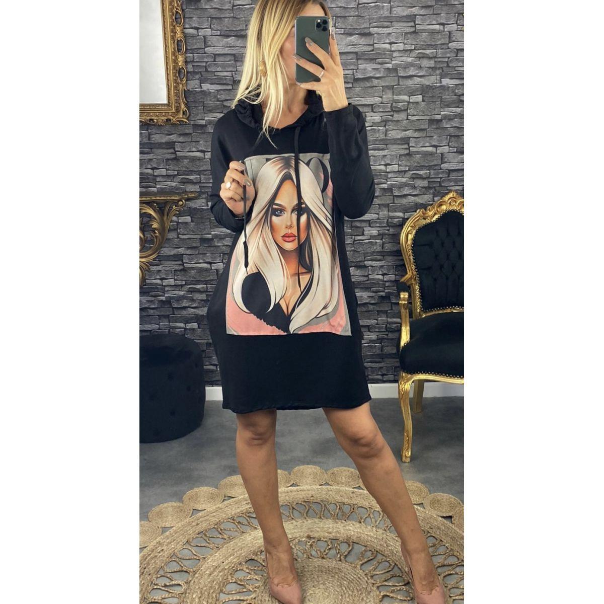 Robe sweat capuche décoré noire