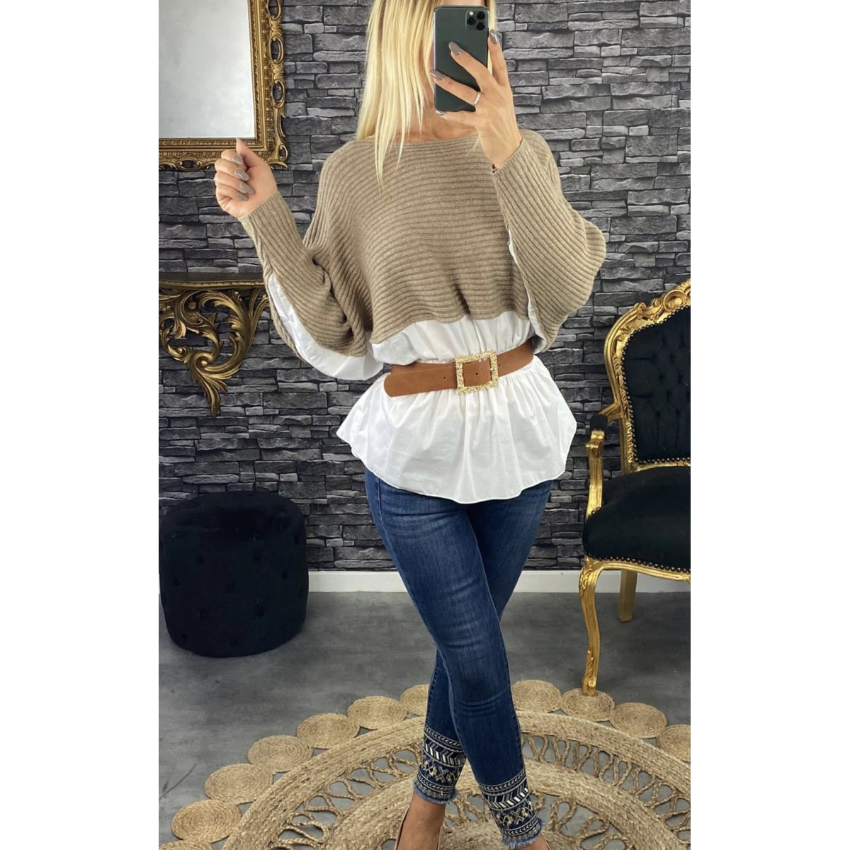 Pull maille fine beige style chemisier