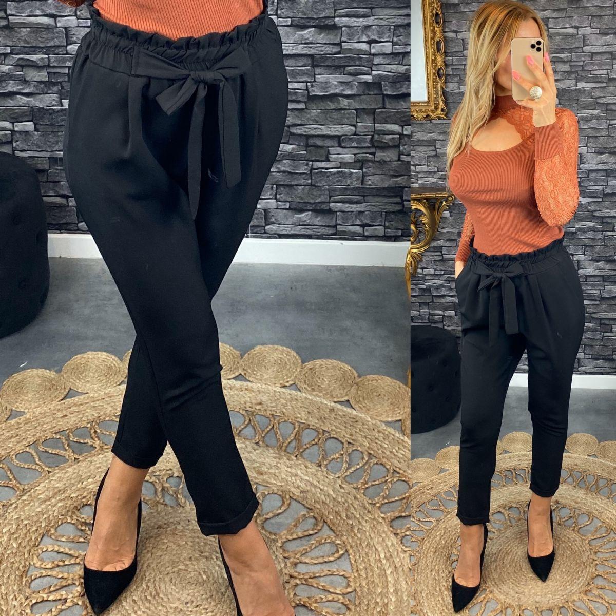 Pantalon pincé et noué noir