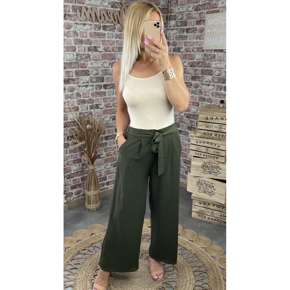 Pantalon large en crêpe kaki