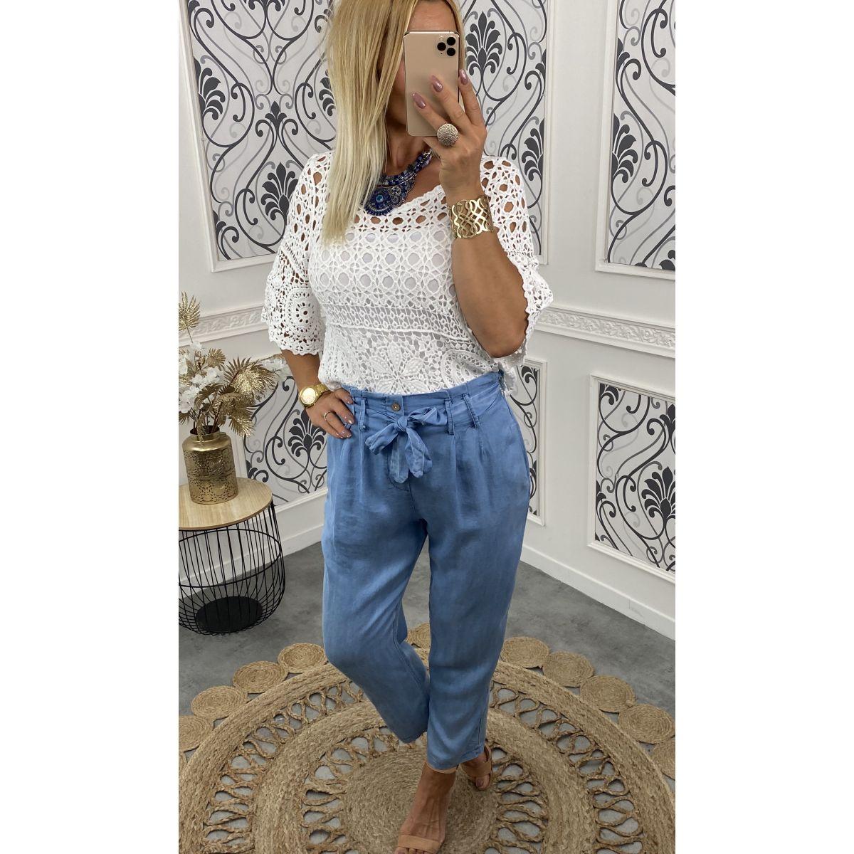 Pantalon coupe carotte jean's fin bleu ciel