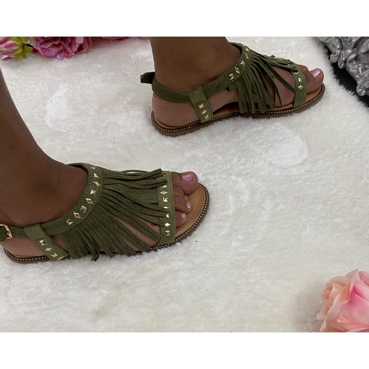 Sandale joli frange kaki